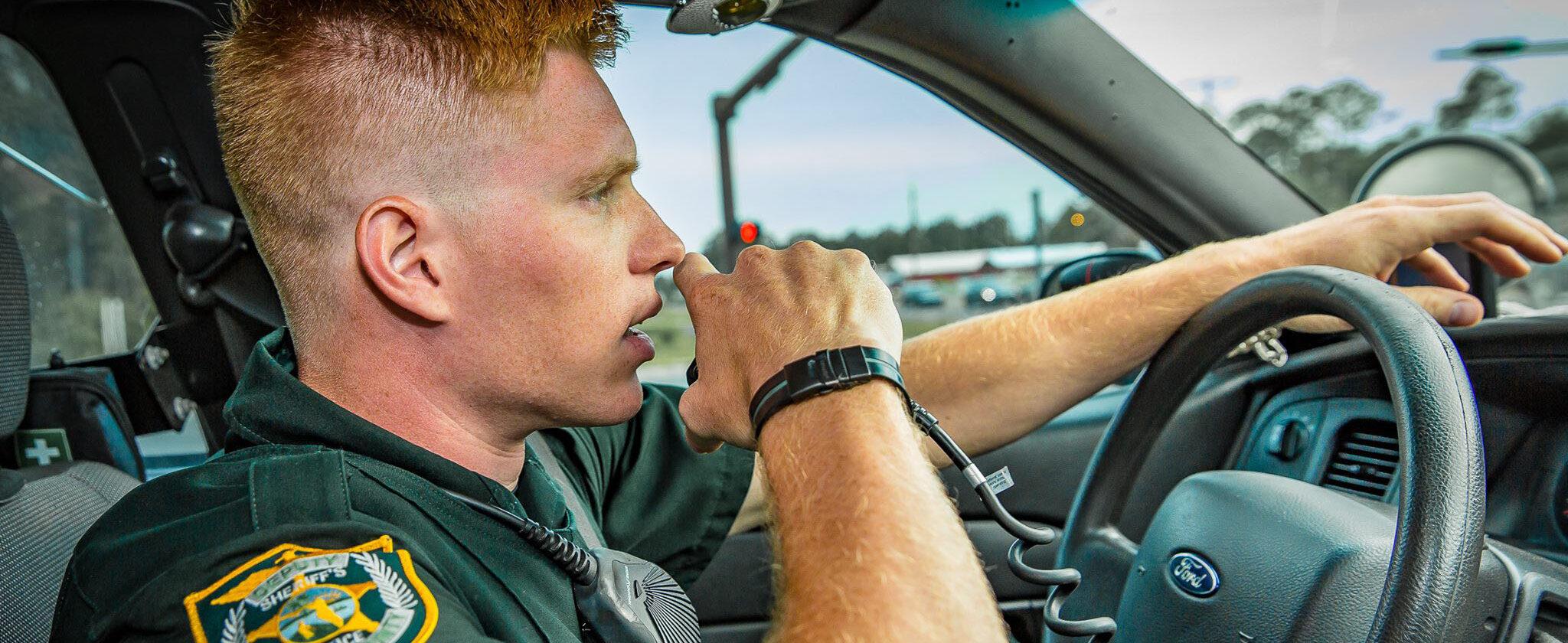 Walton County deputy responding to a call