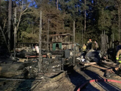 FIRE BREAKS OUT IN MOBILE HOME IN FREEPORT; WALTON COUNTY FIRE RESCUE KNOCKS DOWN FLAMES