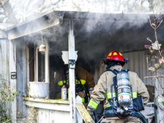 FIREFIGHTERS KNOCK DOWN MOBILE HOME FIRE IN DEFUNIAK SPRINGS